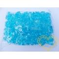Velké tyrkysové plastové kamínky - 500 g