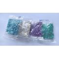 Skleněné korálky kostičky 3 mm 50 g - různé barvy