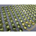 Světle zelené nalepovací perličky ø 6 mm 260 ks