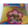 Růžové textilní kytičky