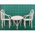 Stůl a 2 židličky - dekorace miniatura