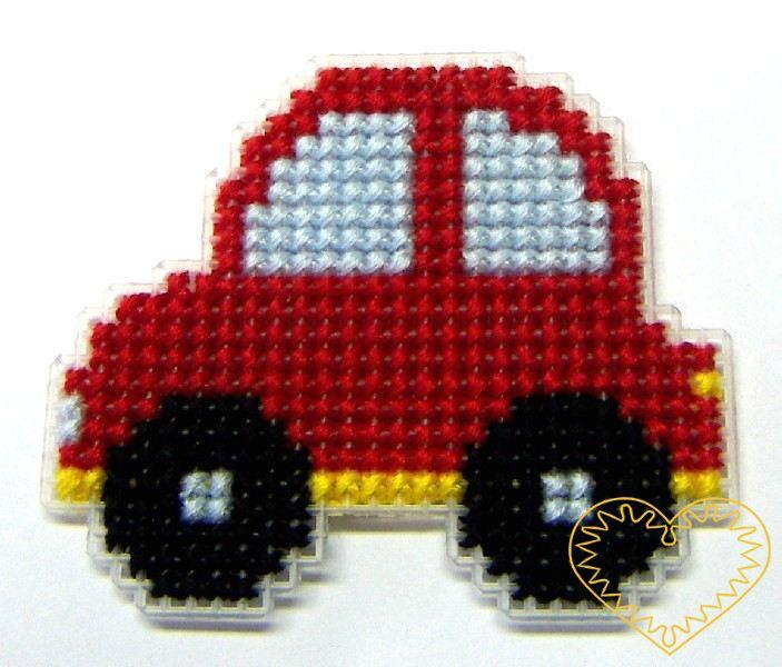 Vyšívaná magnetka autíčko - hobby sada. Balení obsahuje vše potřebné pro vytvoření roztomilého dekorativního magnetu - plastovou kanavu, potřebné bavlnky, jehlu, barevný rozkres a magnet na oboustranné lepence. Stačí tedy pouze rozbalit a začít vyšív