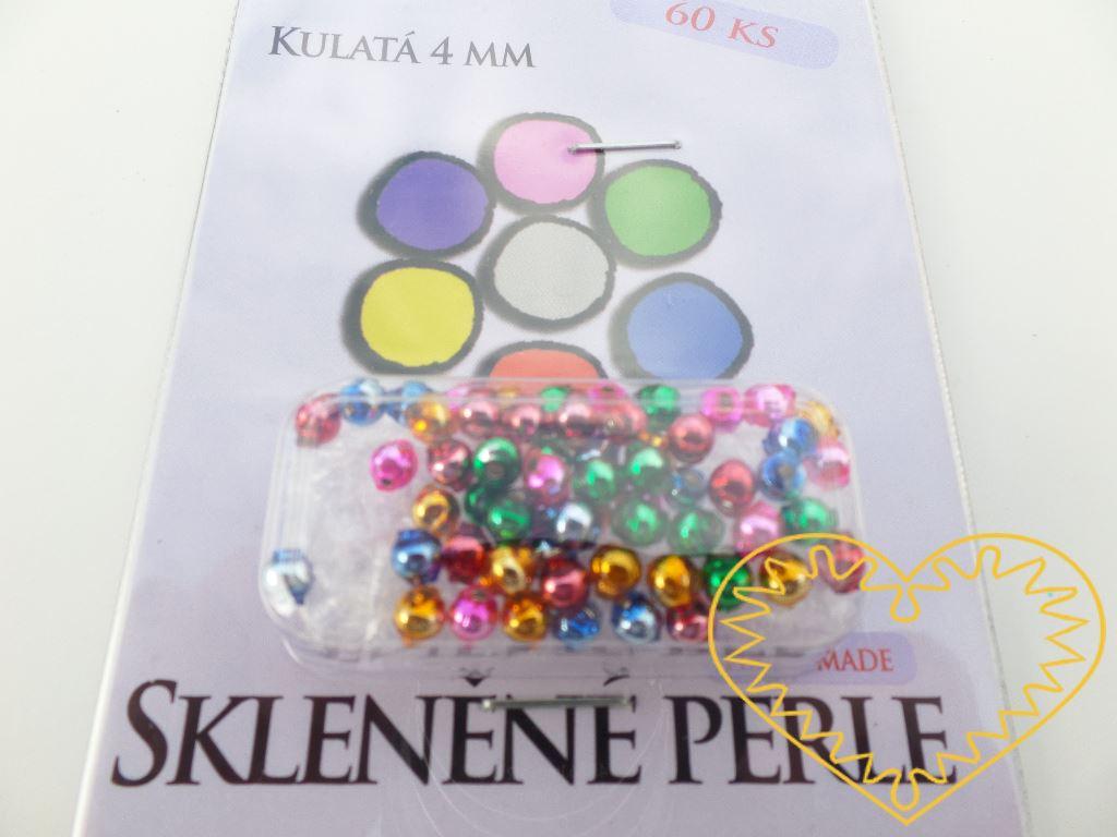 Ručně foukané skleněné barevné kulaté perličky o Ø 9 mm, sada 60 barevných lesklých perlí.Využívají se při montáži tradičních skleněných perličkových ozdob, lze je použít i na výrobu šperků. Jsou tradičním materiálem, kterým se zdobí kroje (např. vín