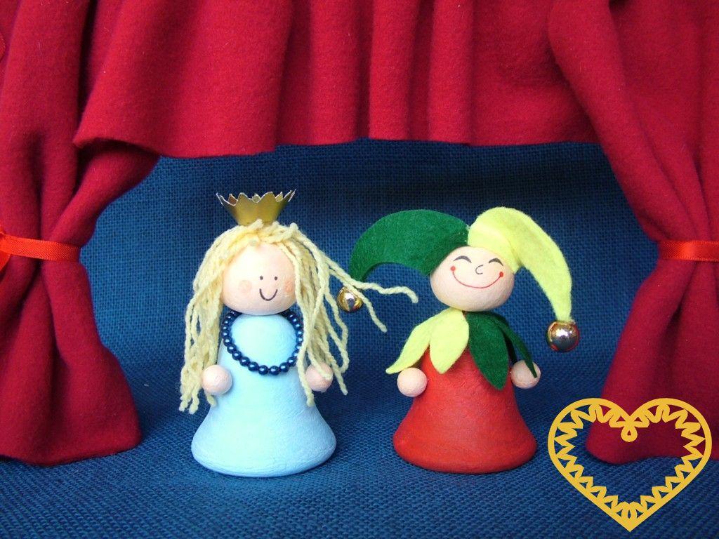 Kreativní sada 2 pohádkových postaviček - princezny a kašpárka z barevné buničité vaty, které si můžete sami dotvořit. Vznikne tak roztomilá celoroční dekorace.