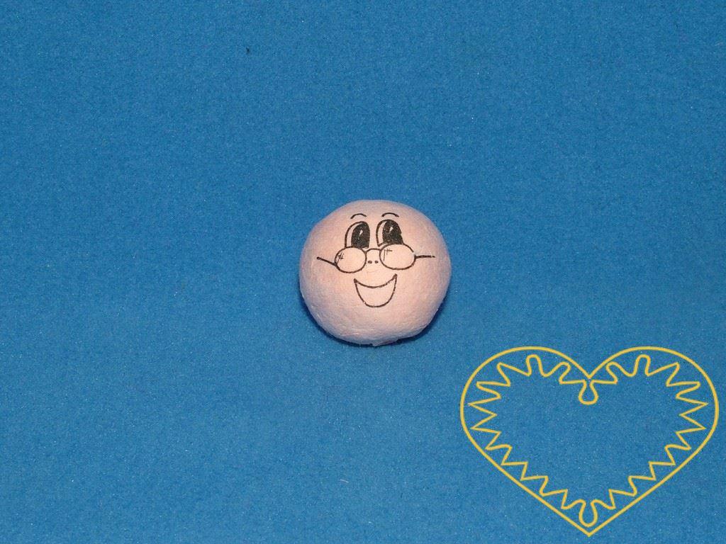 Děda - balení obsahuje 10 ks vatových kuliček tělové barvy ø 22 mm s tiskem usmívajícího se lidského obličeje s brýlemi. Vhodné k přípravě dekorací, lepení trojrozměrných figurek, panenek, panáčků, malých prstových maňásků či loutek, aranžování, tvoř