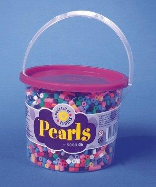 Zažehlovací korálky mix 10 základních barev - 5000 ks. Korálky jsou uloženy v praktickém plastovém kýblíku.