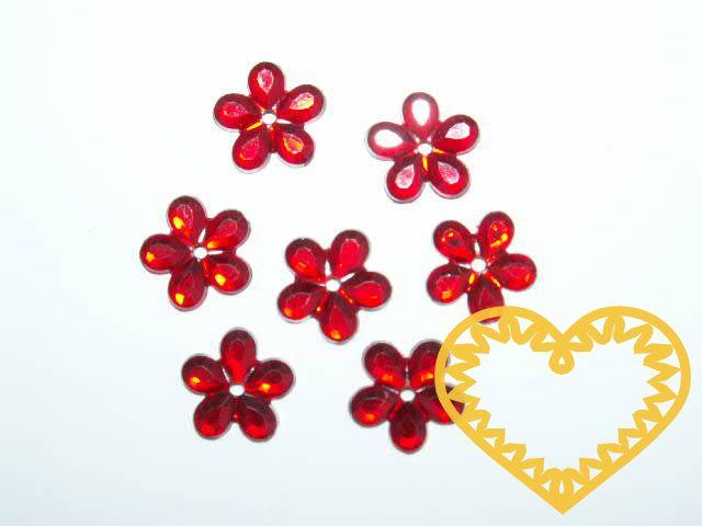 Našívací kytičky červené Ø 11 mm -20 ks. Vhodné k dekorování tašek, kabelek, triček, klobouků, čepic, bot, bytového textilu, při výrobě maňásků, panenek, přáníček ad.