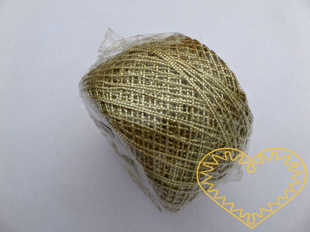 Zlatý jemný briliantový motouz - 50 m. Toto leonské předivo se s oblibou používá při paličkování, výtvarných činnostech i pro zavěšování ozdob a cukrovinek na vánoční stromky.