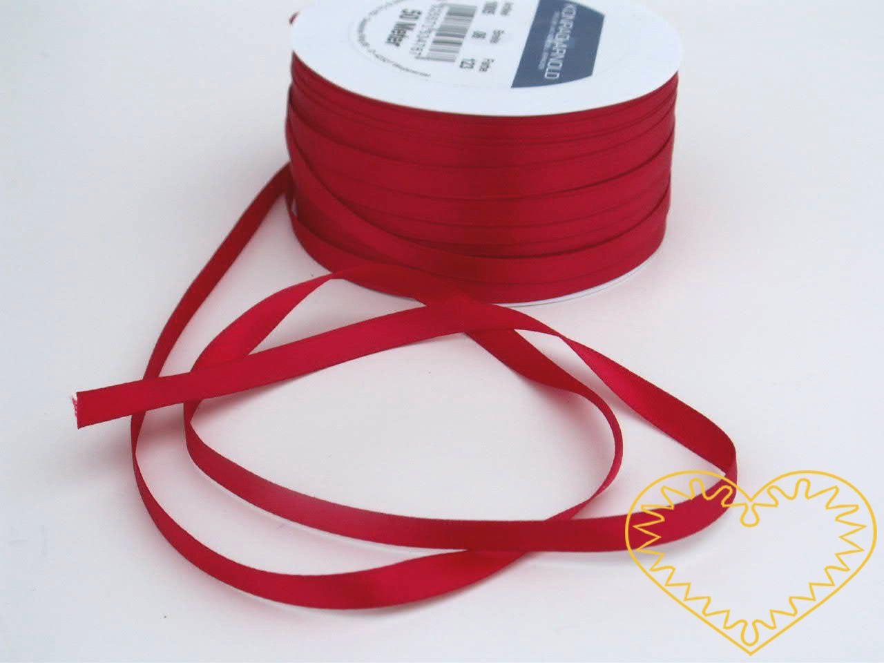 Stuha atlasová (saténová) červená - šíře 5 mm - 50 m; oboulící. Vyznačuje se vysokou kvalitou a leskem. Má široké využítí při tvorbě dekorací, aranžování, balení dárků, v bytovém textilu.