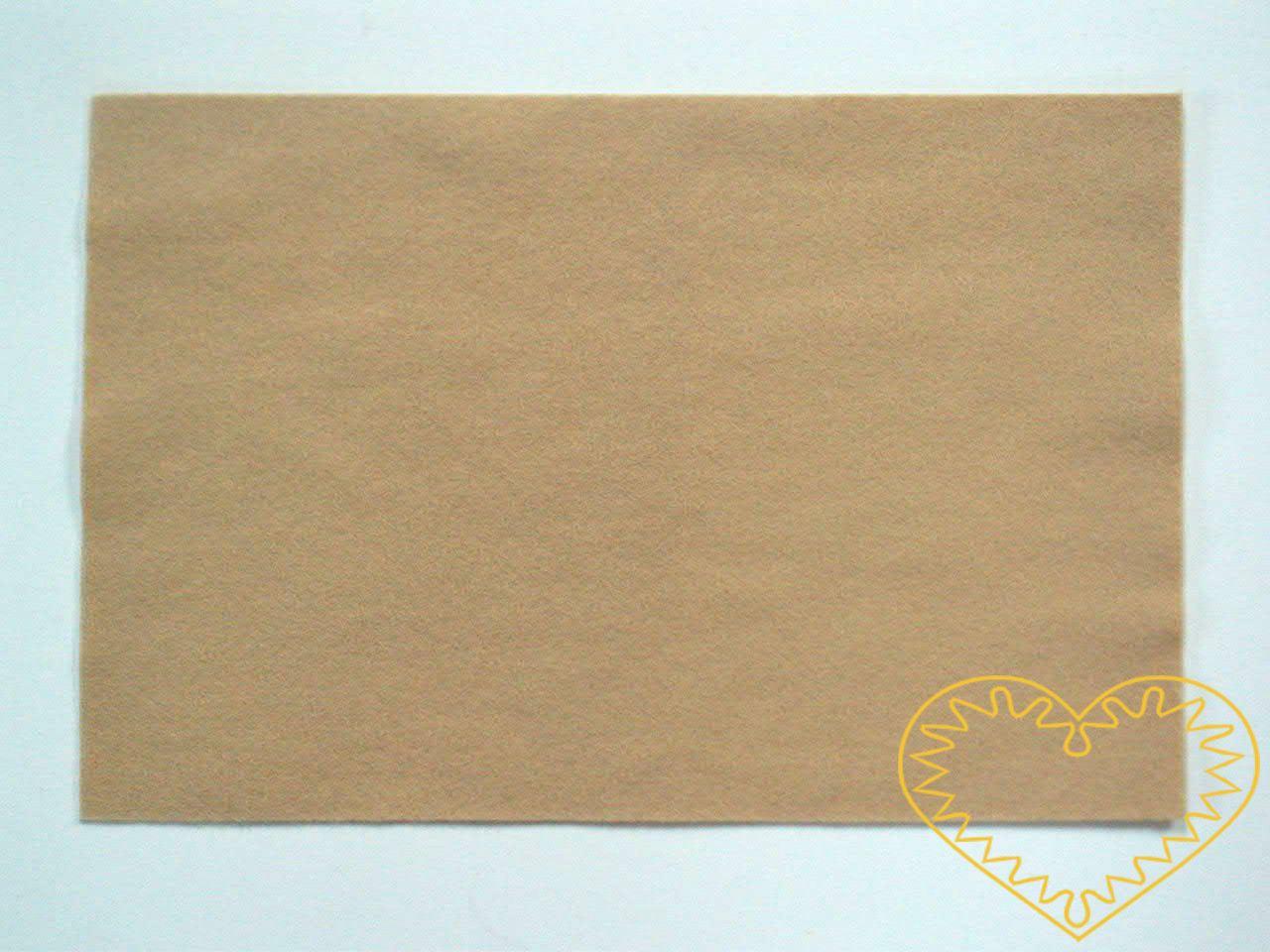 Tmavě tělová plsť - dekorační filc 30 x 20 cm - 1 ks. Vhodné k výrobě aplikací, přáníček, výseků a výřezů, k vytváření figurek, maňásků či různých dekorací.