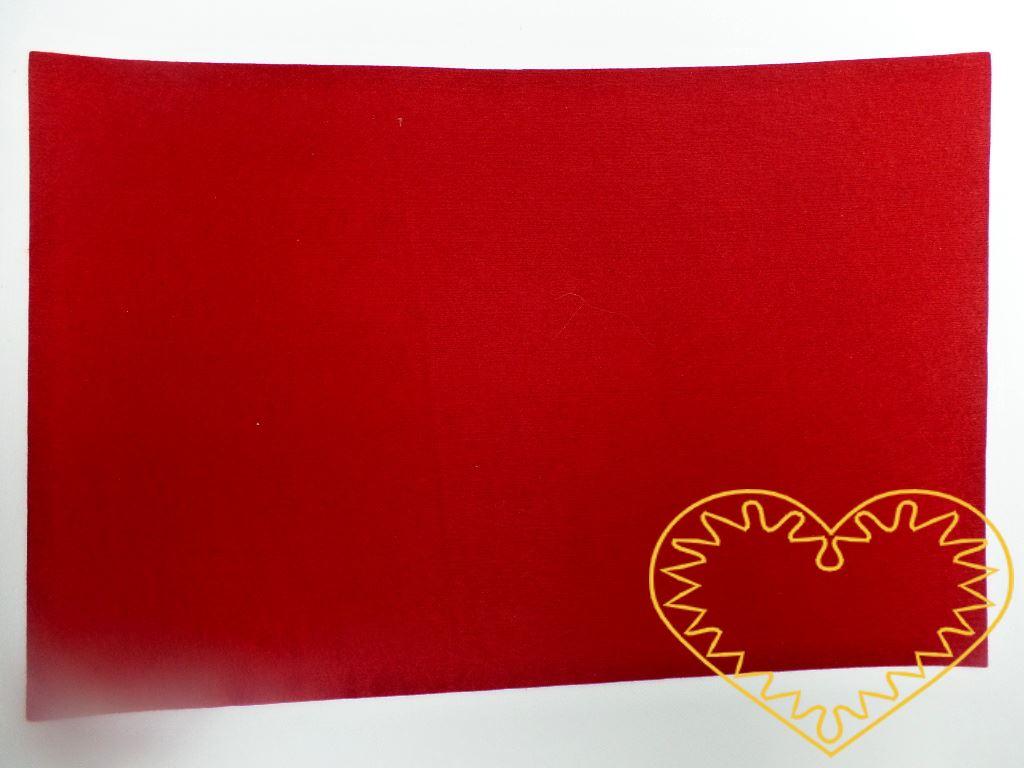 Červená plsť - dekorační filc 30 x 20 cm - 1 ks. Vhodné k výrobě aplikací, přáníček, výseků a výřezů, k vytváření figurek, maňásků či různých dekorací.