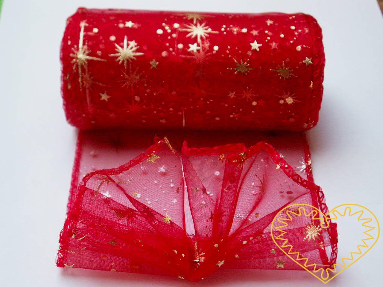 Organza červená se zlatými hvězdičkam - šíře 10 cm, délka 9,14 m, z obou stran obroubená. Organza má široké využítí - k dekoračním účelům, k šití, do květinových aranžmá, pro výzdobu slavnostní tabule, k balení dárků, jako mašle, na výrobu broží i da