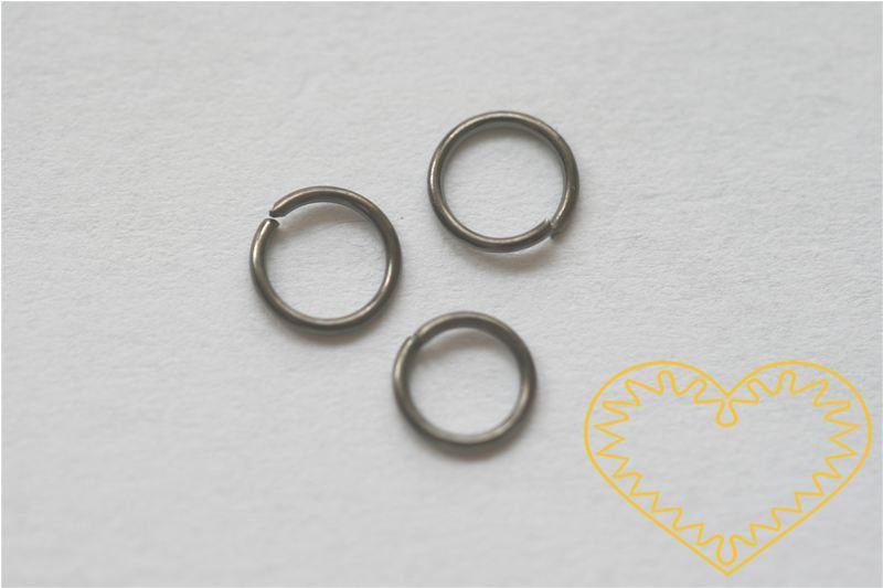 Platinový spojovací kroužek ø 6 mm - 50 g (cca 800 - 900 ks). Spojovací kroužky využijete při výrobě rozličných šperků - náuštnic, náramků, náhrdelníků, čelenek nebo i prstýnků.